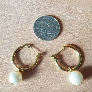 Jewelry - Small gold hoop and pearl earrings